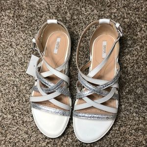 NWOT Geox Respira leather sandals